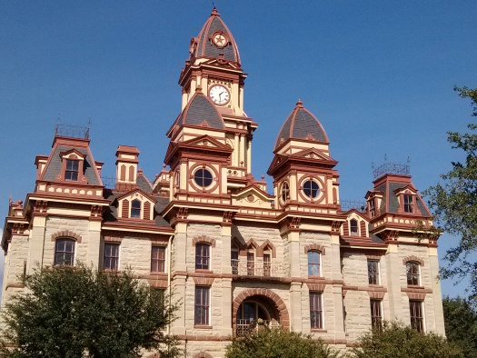Photo of Caldwell County Courthouse by Cami Perriraz