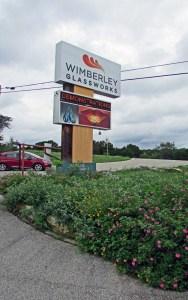 Wimberly Glassworks entry w signage